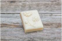 Kamilla szappan virág lenyomattal (80g)