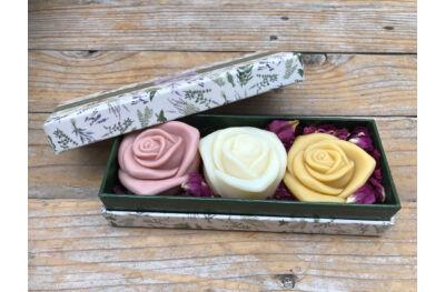 Rózsa szappanok díszdobozban