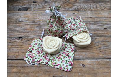 Rózsa szappan rózsás textil zsákban