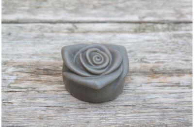Holt-tengeri iszap szappan rózsa